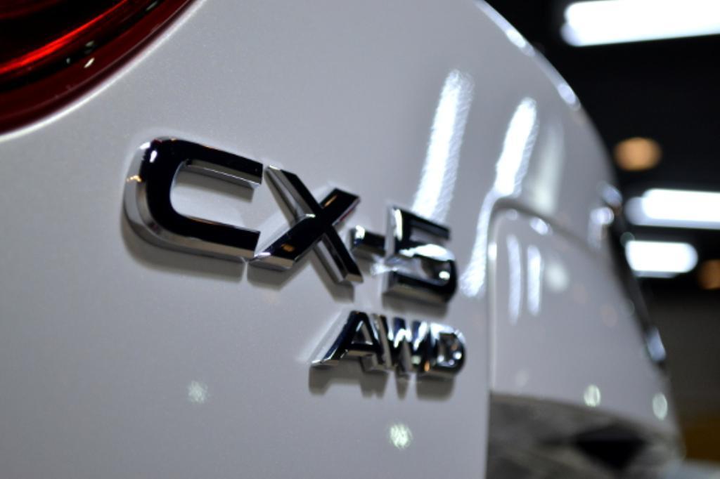 CX-5白-8