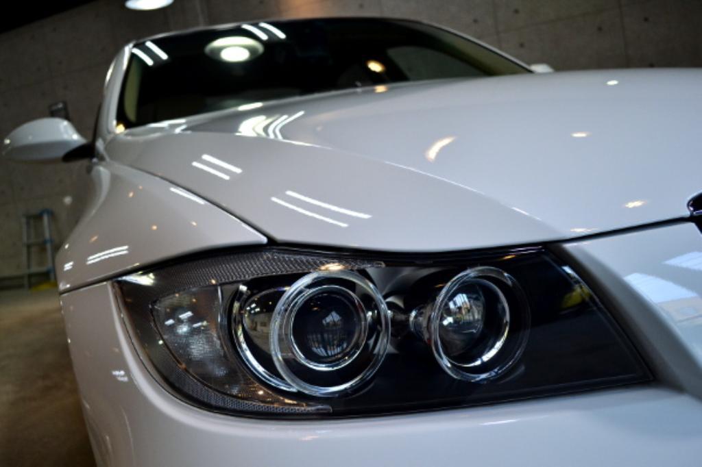 BMW320I-2