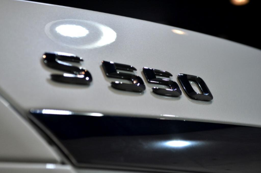 S550白-7