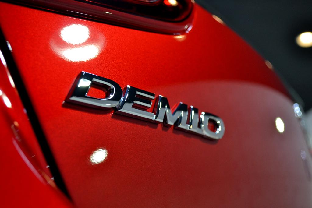 デミオ-7