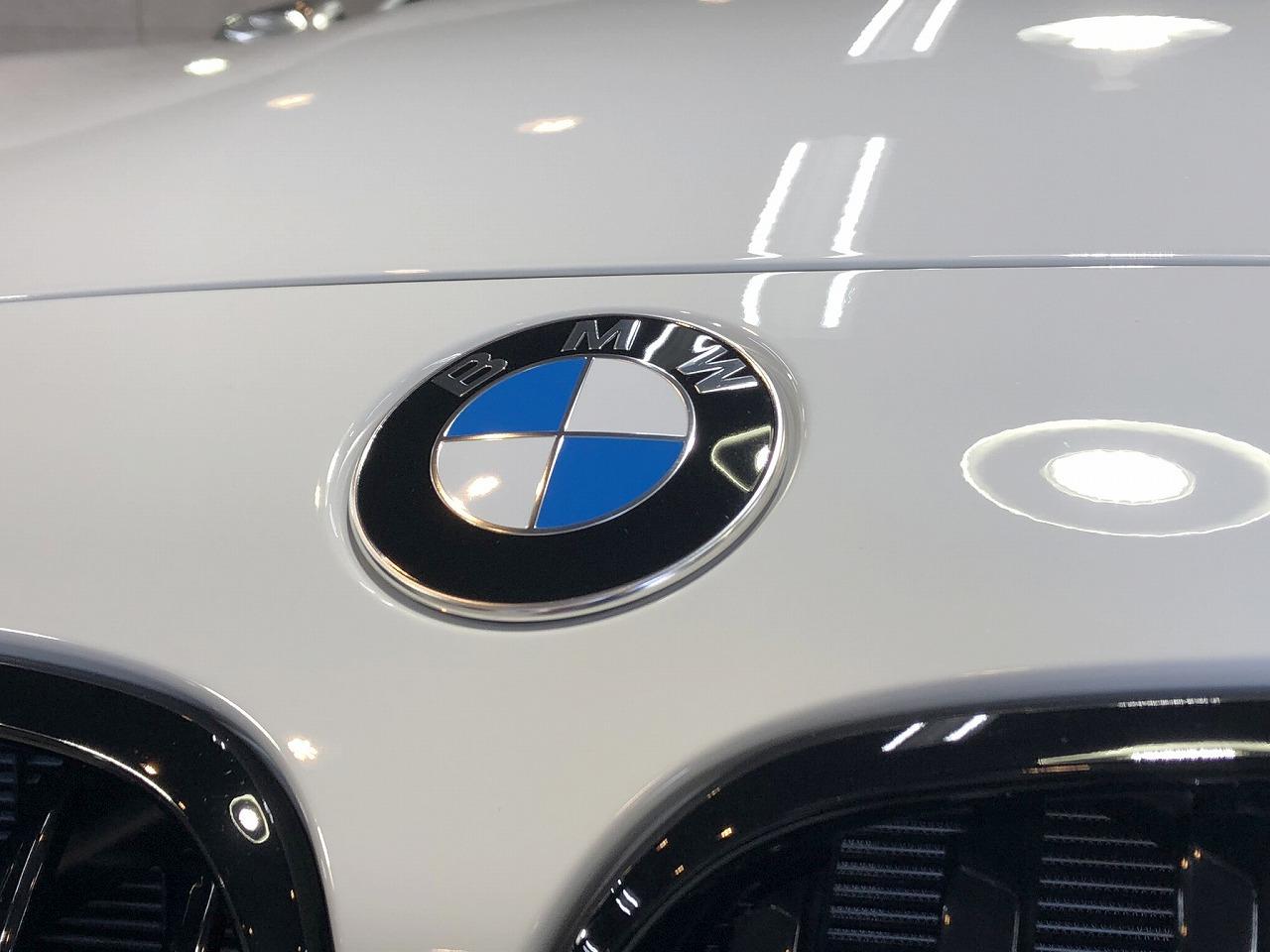 BMW140i_white_003